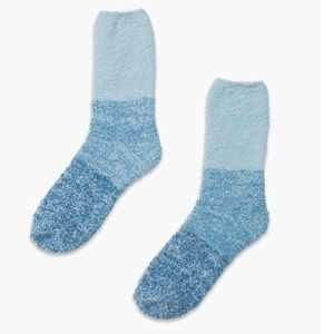pointe studio aloe infused socks